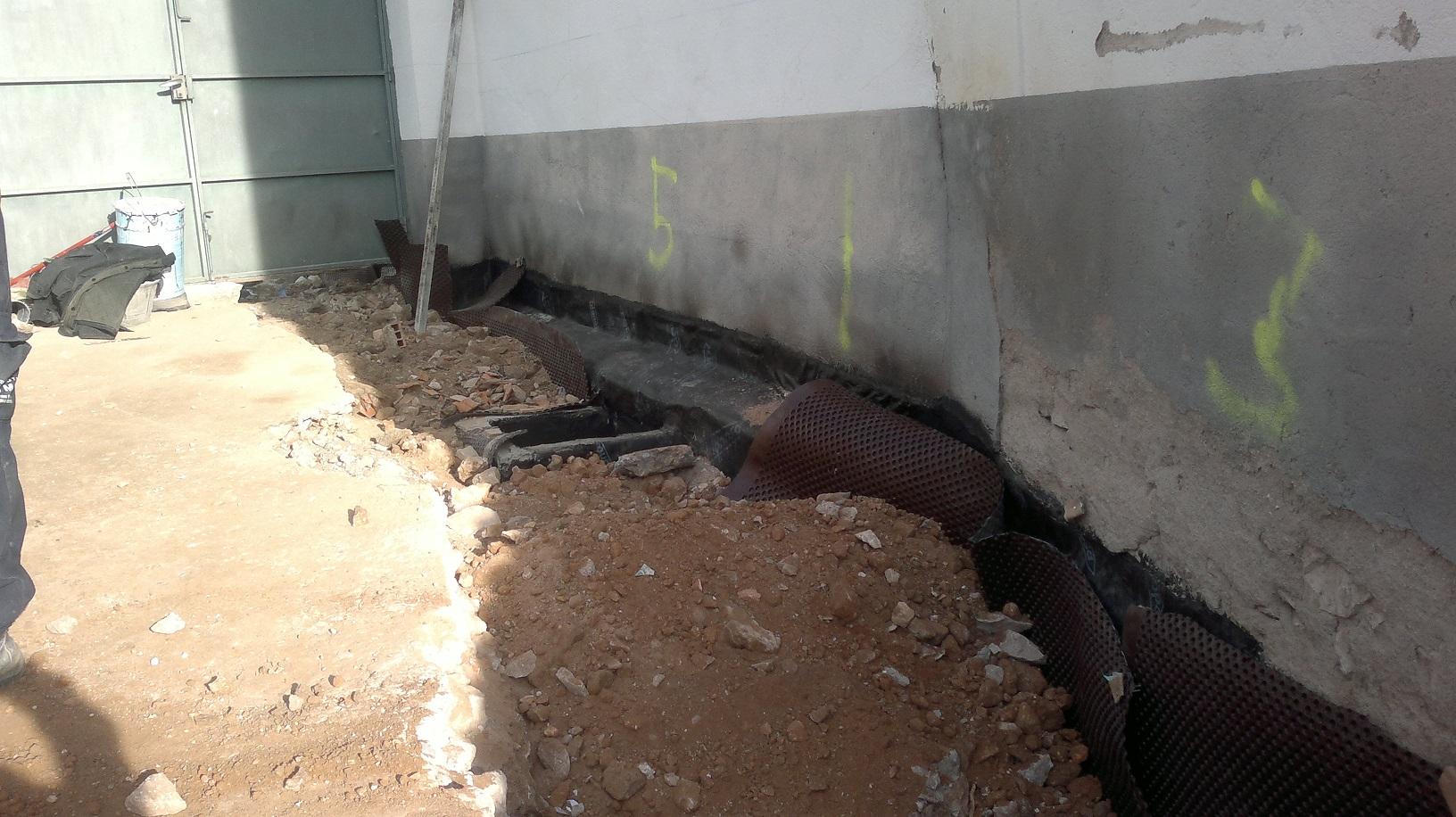 Canal de impermeabilización muro.jpg
